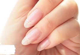 得了灰指甲会引多种并发症